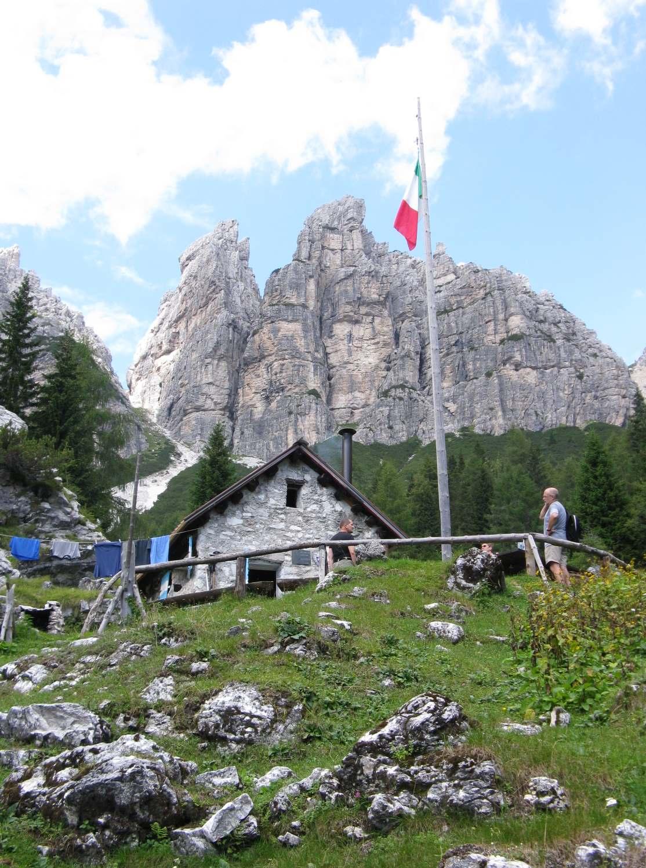 Emejing Soggiorno Dolomiti Campestrin Images - Idee Arredamento Casa ...