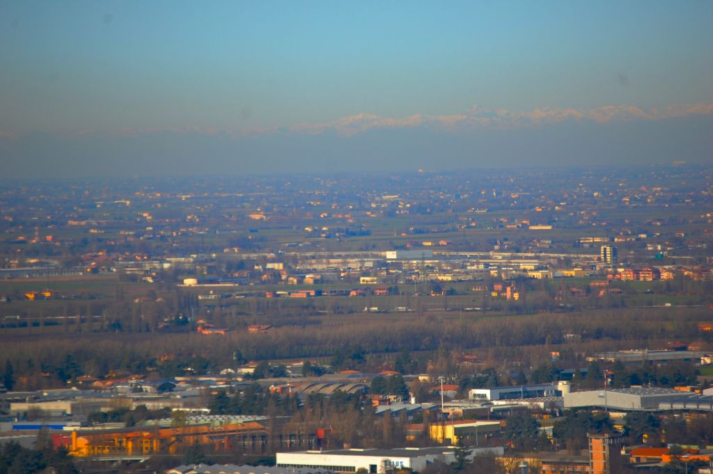 Le Alpi viste dall''Eremo di Tizzano (Bologna)