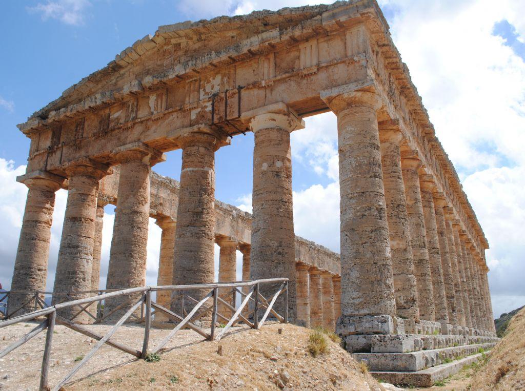 Nel tempio di Segesta...